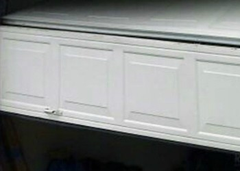 garage door off track repair Vancouver